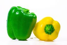 Free Green And Yellow Paprika Royalty Free Stock Image - 3043466