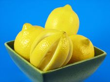 Free Lemons Fruits In Green Bowl Royalty Free Stock Photo - 3044185