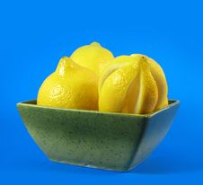Free Lemons Fruits In Green Bowl Royalty Free Stock Photo - 3044195