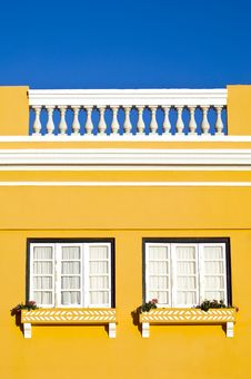 Free Yellow Wall Stock Photography - 3049912