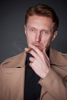 Free Elegant Man With A Cigar Stock Photo - 30413260