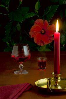 Free A Glass Of Red Wine, A Small Glass With Liquor Stock Image - 30441111