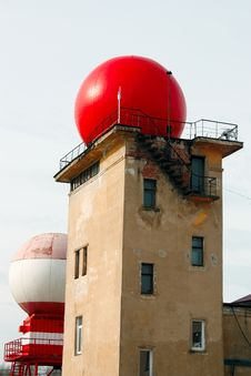 Free Old Tower With A Red Dome Royalty Free Stock Image - 30455306