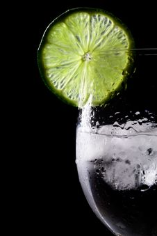 Free Glass, Lime And Ice Royalty Free Stock Image - 30463016