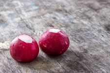 Free Fresh Radish Royalty Free Stock Photography - 30464217