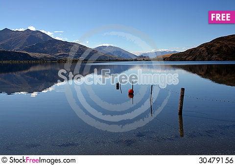 Free Lake Wanaka Autumn Reflections, Otago New Zealand Royalty Free Stock Image - 30479156