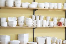 Free Unfinished Pottery,But One. Stock Photography - 30477352