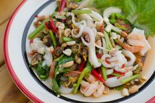 Free Spicy Mixed Seafood Salad Royalty Free Stock Photo - 30478875