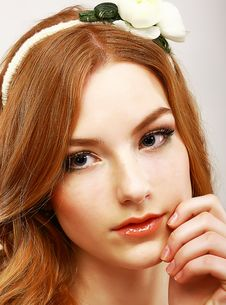 Free Goodness. Portrait Of Young Meek Woman With White Flower On Her Head Stock Photography - 30495232
