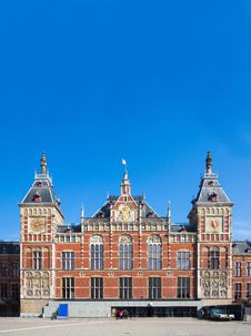 Free Amsterdam Central Train Station Royalty Free Stock Photos - 30498948