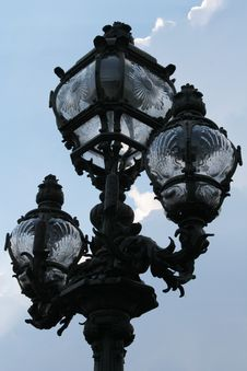 Free Parisian Lamp Post Royalty Free Stock Photography - 3053467