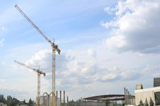 Free Tower Cranes Stock Photography - 3053882