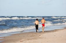 Free Boys Running On The Beach Royalty Free Stock Photo - 3057285