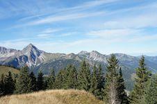 Free Idyllic Mountain Landscape Royalty Free Stock Image - 30509116