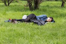 Free Girl Resting Royalty Free Stock Photos - 30516288