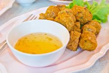 Free Spicy Fried Fish Ball Royalty Free Stock Image - 30535886