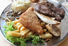 Free Steak Dinner Stock Photography - 30547102