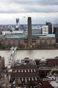 Free London Panorama Wth Tate Modern Stock Photos - 30572493