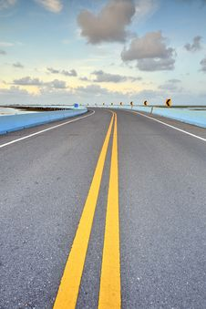 Free Asphalt Road Royalty Free Stock Photo - 30576405