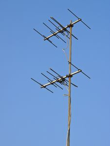 Free Antenna In Sky Royalty Free Stock Photos - 30579888