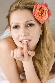 Free Attractive Lady Getting Spa Treatment Royalty Free Stock Photography - 30586707