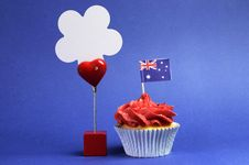 Free Australian Theme, Cupcakes With National Flag Royalty Free Stock Photo - 30592015