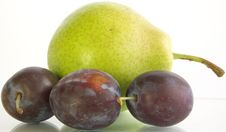 Free Three Plum And Pear Royalty Free Stock Photo - 3063865