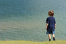 Free Watching The Lake Royalty Free Stock Photography - 3064047