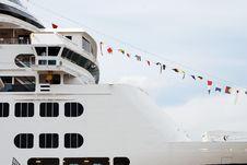 Free Cruiseship In Rotterdam Stock Photo - 3064060