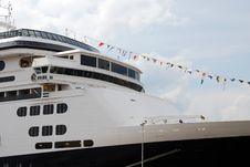 Free Cruiseship In Rotterdam Royalty Free Stock Image - 3064066