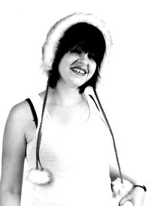 Free Brunette Rocker Girl Royalty Free Stock Photos - 3068138