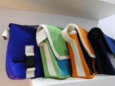 Free Color Ful Textile Handbags Royalty Free Stock Image - 30616566