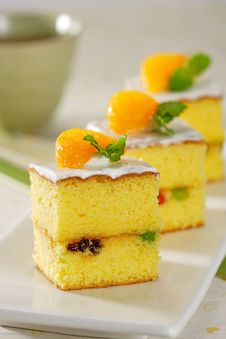 Free Orange Cake Stock Image - 30634401