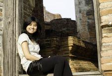 Beautiful Young Girl At Wat Maheyong Temple. Ayutthaya - Thailan Stock Photos