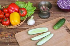 Free Vegetables On A Kitchen Table Stock Image - 30651231