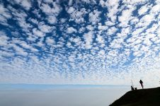 Free White Fluffy Clouds In The Blue Sky Stock Photo - 30668540