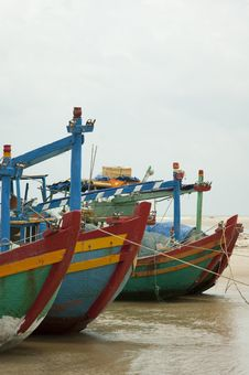 Free Colorful Fishing Boats On The Sea Royalty Free Stock Photo - 30676085