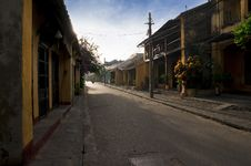 Free Empty Street Of Hoi An In Early Morning Royalty Free Stock Photo - 30676585