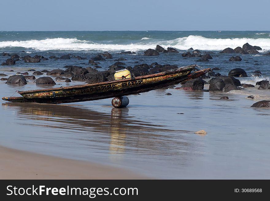 Fishing dugout