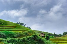 Free Stilt House On The Rice Terraced Field With The Sky And Clouds A Stock Image - 30698001