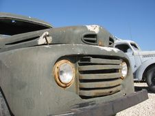 Free Antique Truck Royalty Free Stock Photography - 3071907