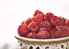 Free Raspberries In Ceramic Pot Stock Photo - 3076390