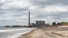 Free Coastal Power Station Royalty Free Stock Photography - 3079637