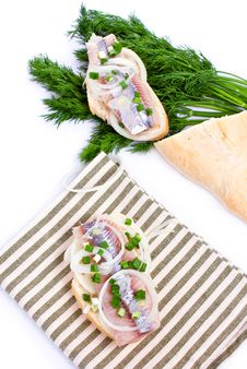 Free Sandwiches Of White Bread With Herring, Onions And Herbs Stock Image - 30711781