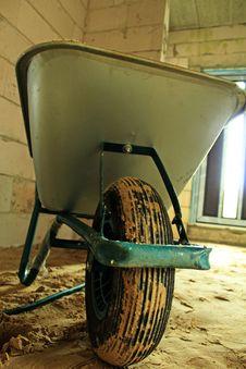 Free Wheelbarrow Royalty Free Stock Photo - 30744355