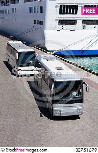 Free Passenger Bus Royalty Free Stock Images - 30751679