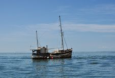 Free Old Boat Royalty Free Stock Photo - 30753195