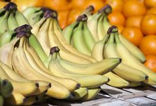 Free Bananas Royalty Free Stock Photo - 30765185