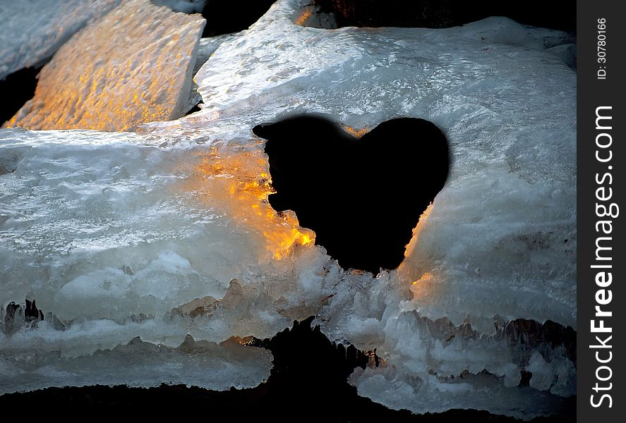 Golden ice with heart