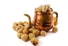 Free Hazelnuts Amd Cupper Cup Royalty Free Stock Image - 3083006